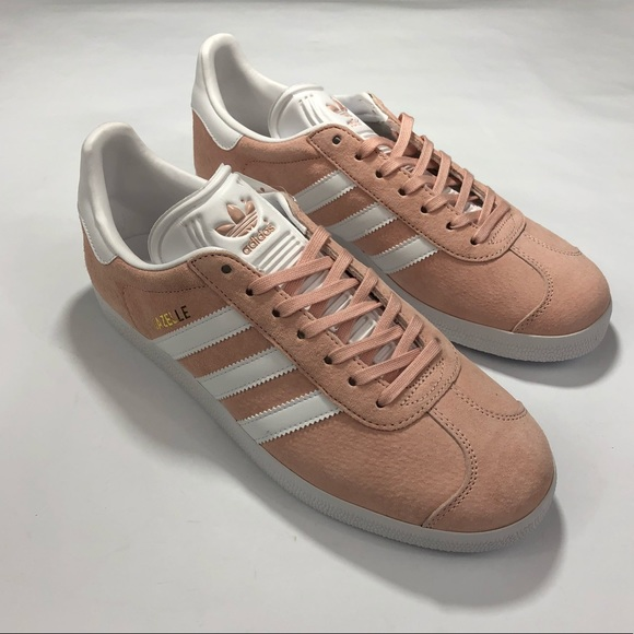 buy popular 0758c 692ab Adidas Gazelle Salmon Light Pink